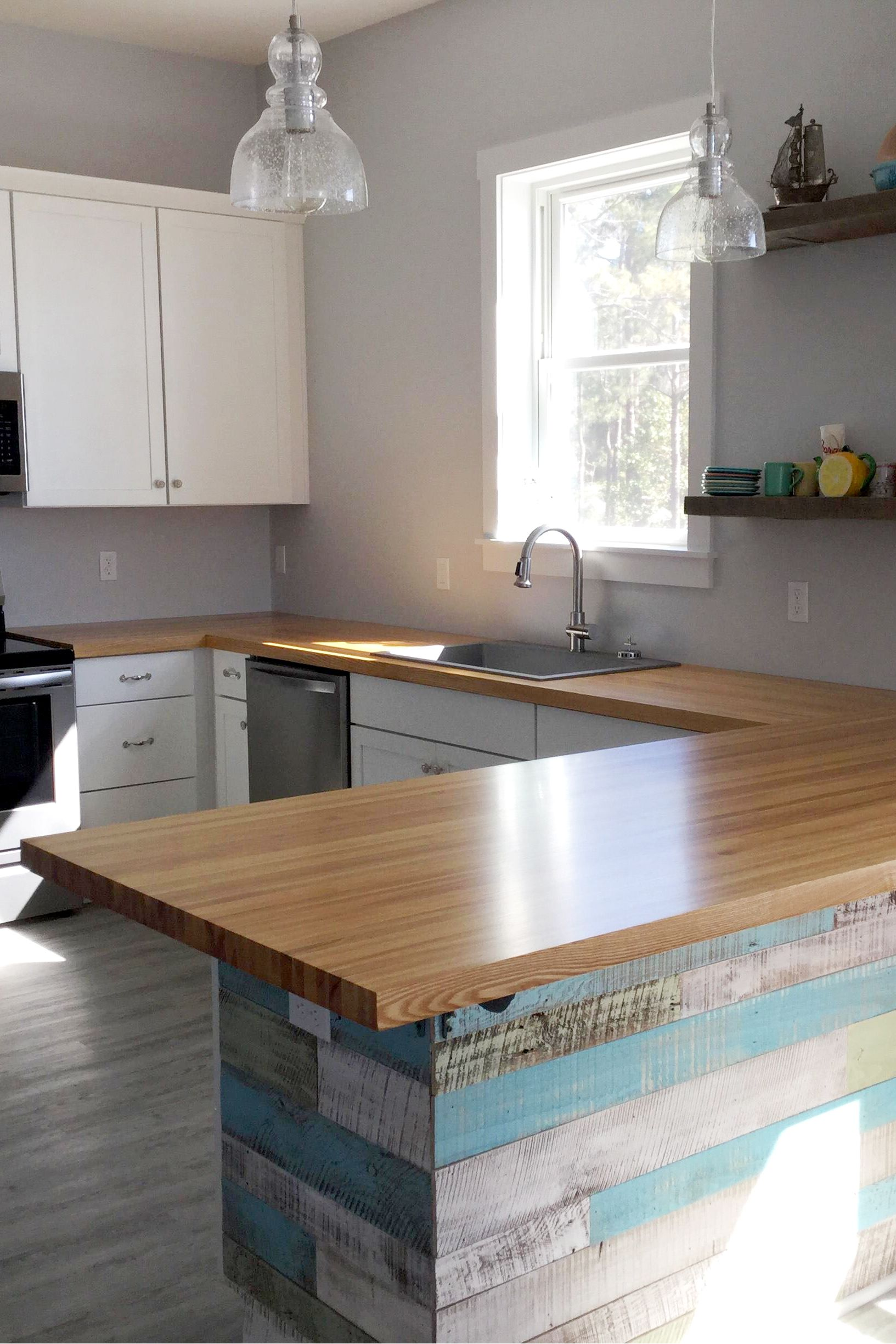 Ash Edge Grain Butcher Block Countertop In 2020 Butcher Block