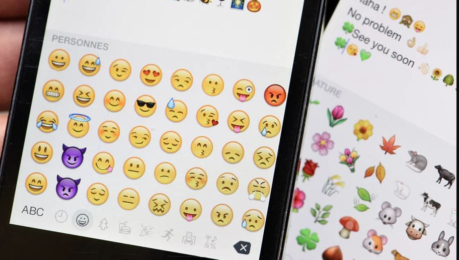 How To Get Ios Emojis On Android Without Root Ios Emoji Iphone Emojis On Android Crying Emoji