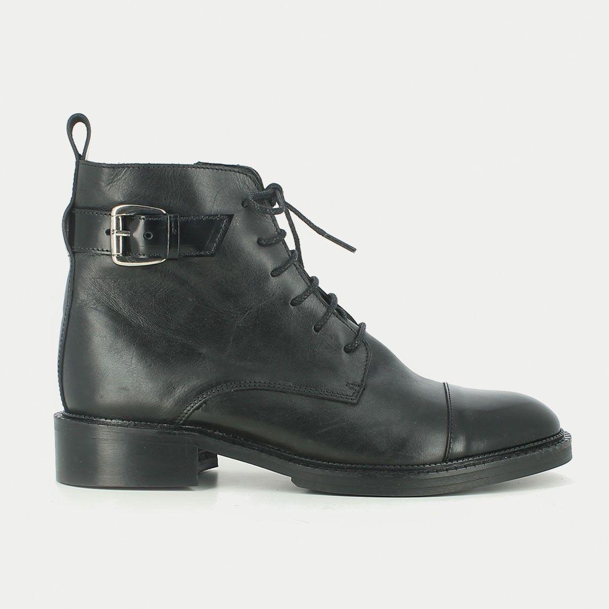 bottines plates en cuir noir à lacets   clothes