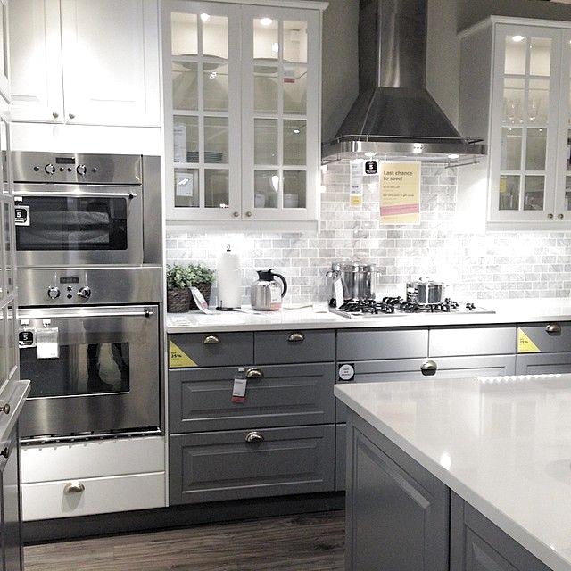 Pinterest Schneider24 Twitter Aschneider 18 In 2020 New Kitchen Cabinets Kitchen Layout Kitchen Remodeling Projects