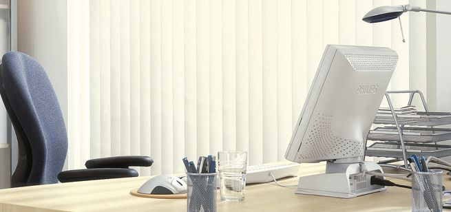 7 Mistakes To Take Note When Installing Office Blinds #office #blinds  #rollerblind