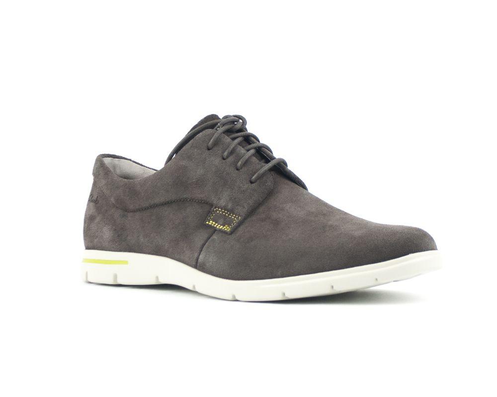 gancho Triplicar Venta ambulante  HOMBRE - moksin | Zapatos clarks, Tienda de zapatos, Zapatos