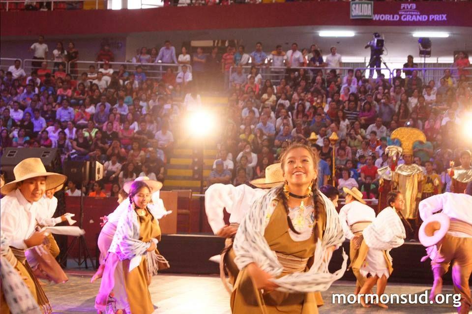 Evento Cultural Templo Trujillo Perú  Visite mormonsud.org  Fotografía: Melody Mejia