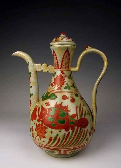 Ming-Dynasty-JiaJing-Reign-RedGreen-Coloring-Porcelain-Vine-Pot.jpg 475×659 piksel