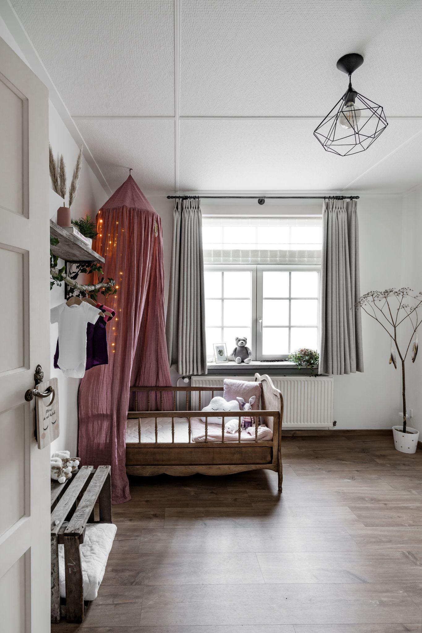 Baby kamer interieur vintage room old decoration | Our Home | Pinterest