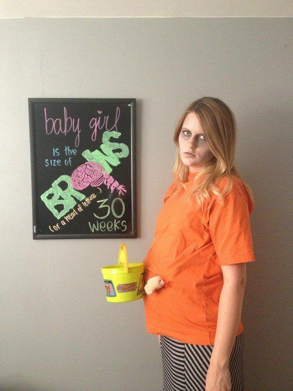 Halloween costumes for pregnant women People get really creative on - pregnant couple halloween costume ideas