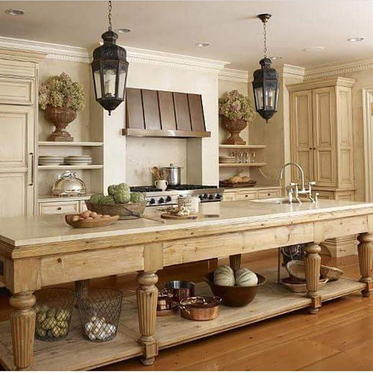 LOVE this hugeongous island | Kitchens and Kitchen Ideas ...
