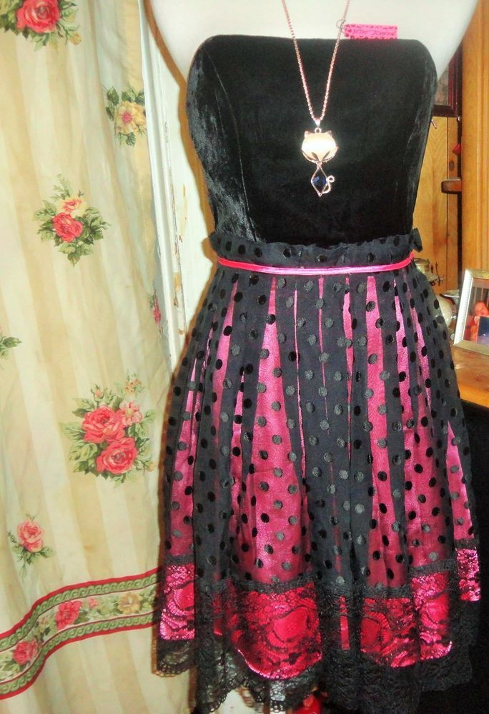 BETSEY JOHNSON Strapless Black/Pink Silk/Velvet/Tulle/Lace Evening  #BetseyJohnson