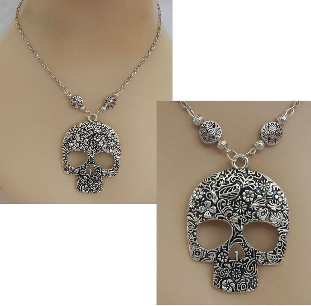 black white skull candy products collections necklace with beaded on sugar pendant sale