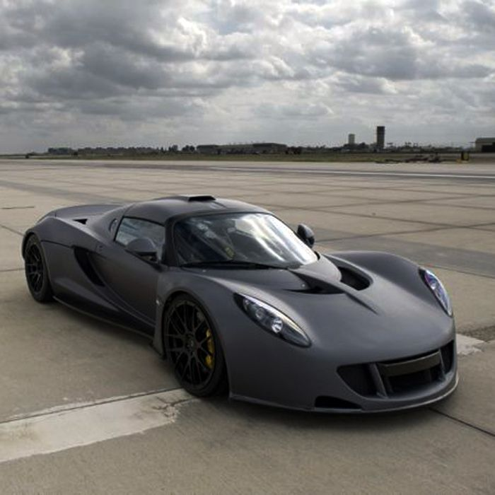 Top 10 Fastest Cars In The World: Watch Hennessey's Venom GT Set The World Record As The