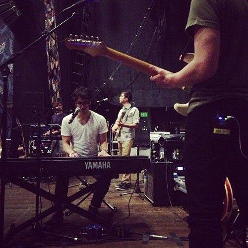 Cheqin in Dallas. Subtle arrangement changes #pro @Darren Criss #listenuptour - @Jackie Kutyba (twitter)