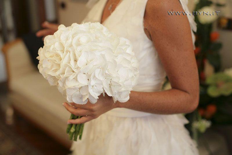 Bouquet Sposa Ortensie.Bouquet Di Ortensie Bianche Cerca Con Google Bouquet Di Nozze