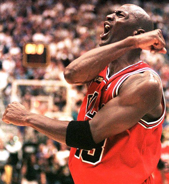 zawsze popularny najlepsza wyprzedaż buty do biegania Jordan celebrating when timeout was called by the Jazz after ...