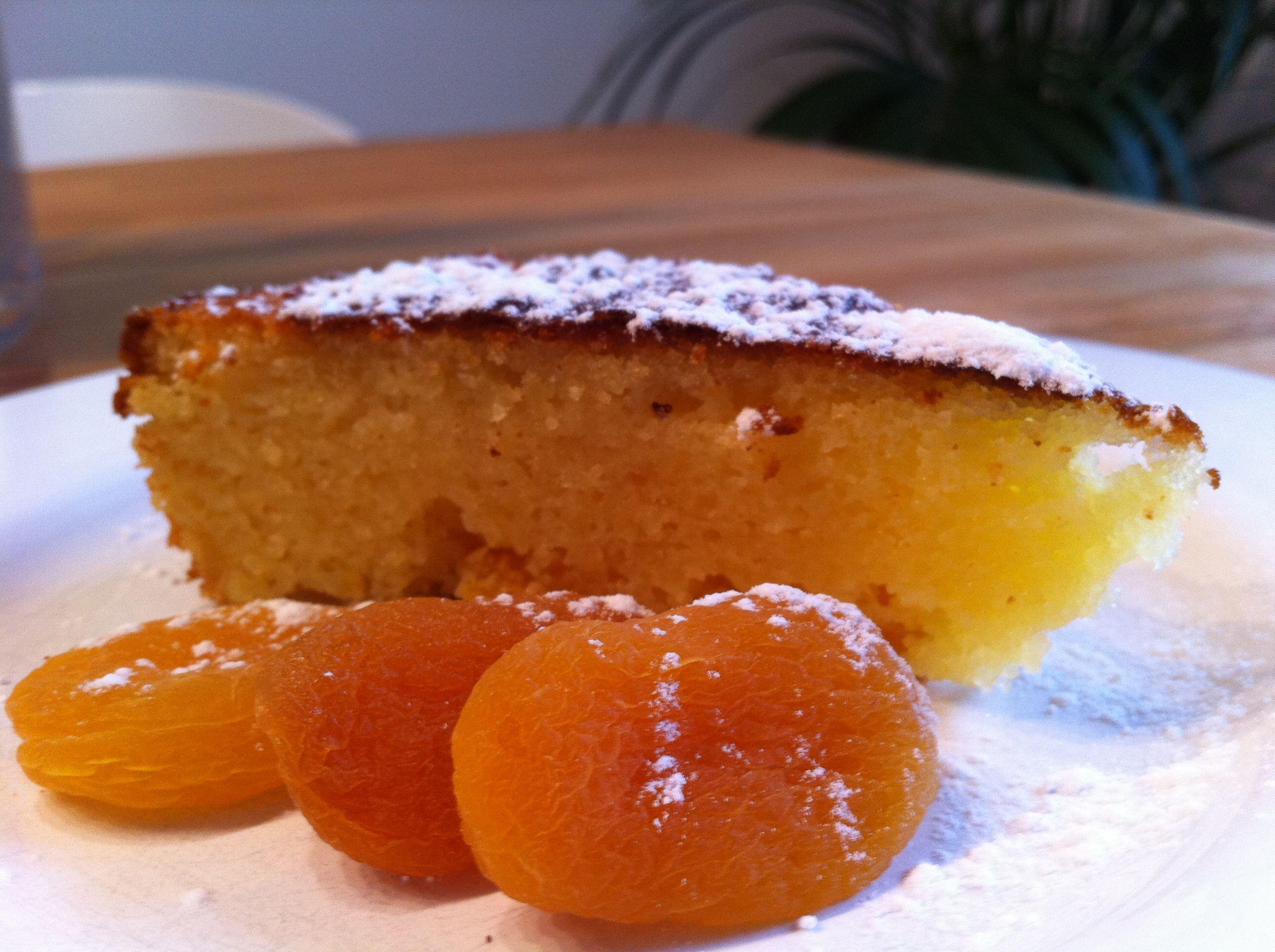 Fur Diesen Sehr Speziellen Feuchten Cake Kuchen M Aprikosen