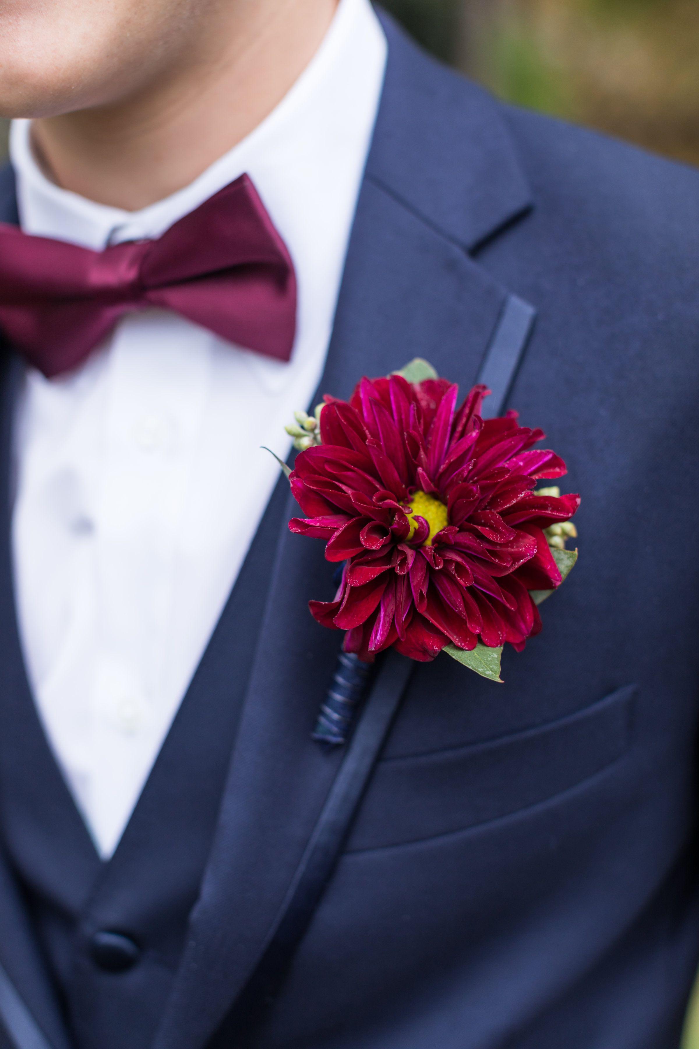 Heb blooms dawn elizabeth studios san antonio wedding