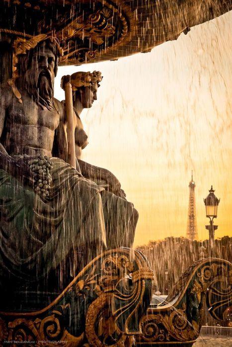 Fontaine des Mers, Place de la Concorde, Paris by Marc Benslahdine