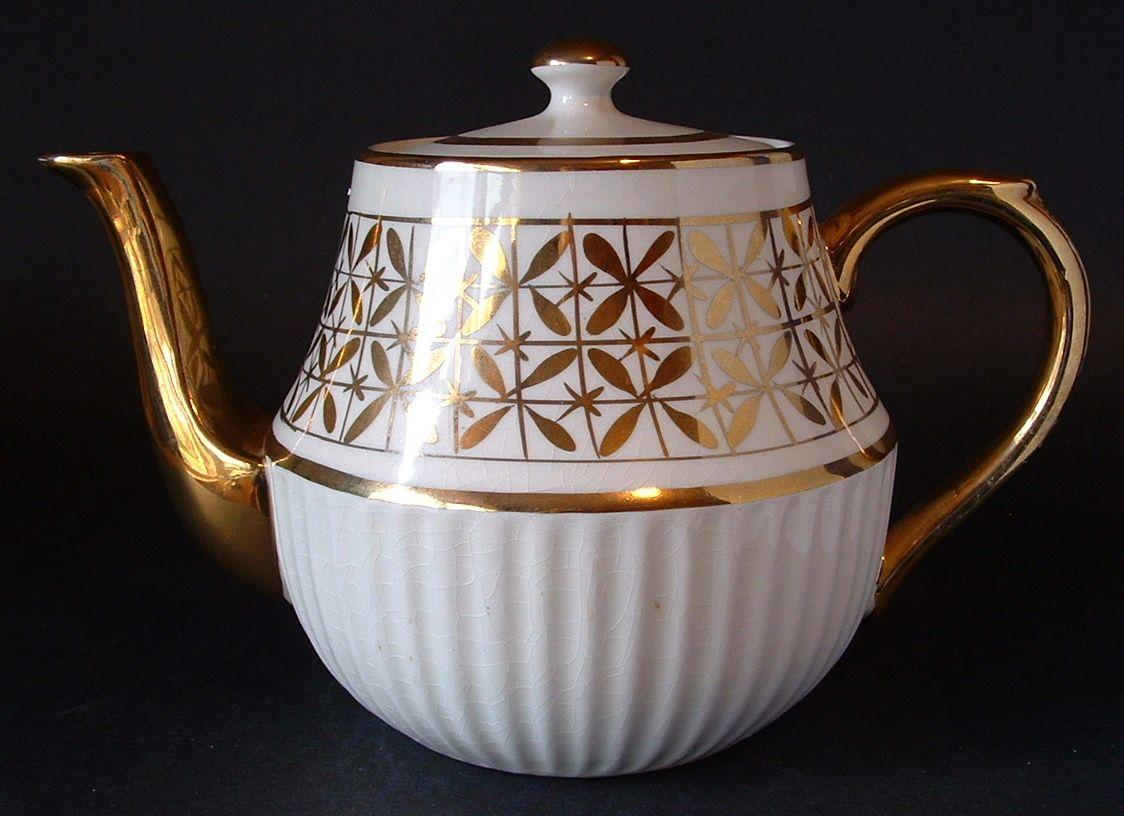 Teapot Art Deco English  White and Gold Large Vintage