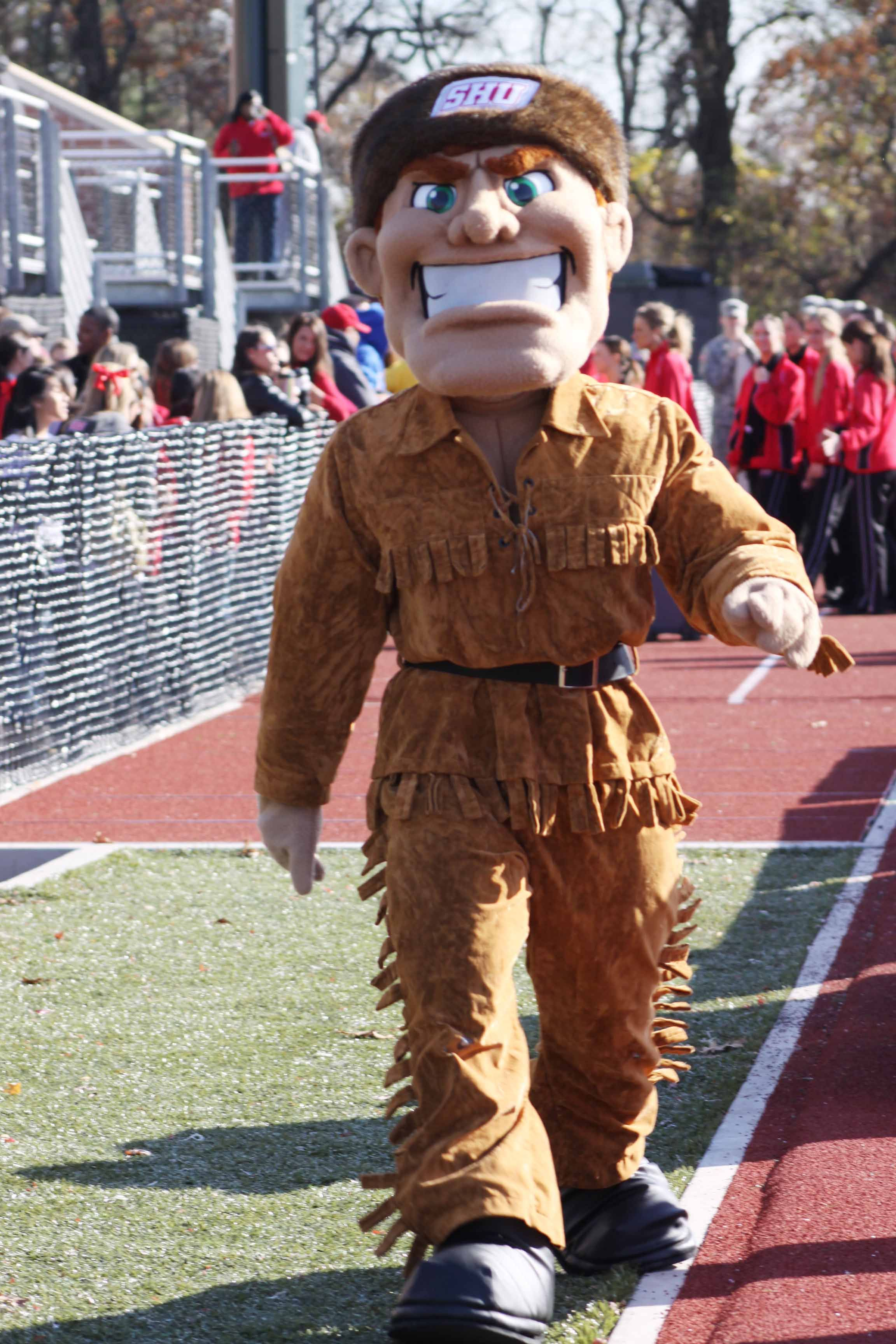 Big Red Sports >> Sacred Heart Pioneers Mascot Big Red Cheerleading Sports