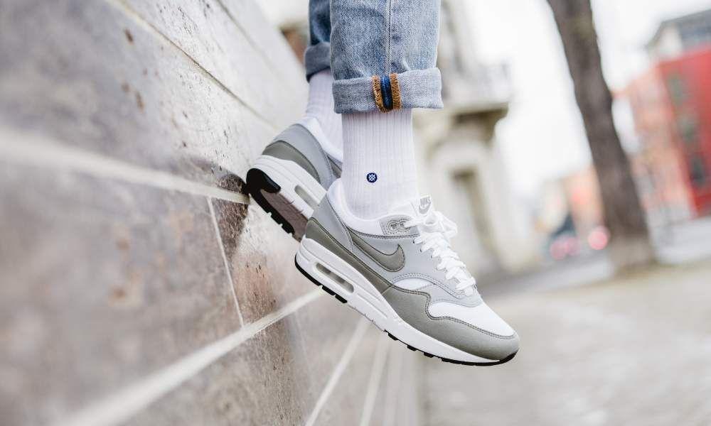 buy popular 66c54 102db Nike - WMNS Air Max 1 (weiß   grün) - 319986-105
