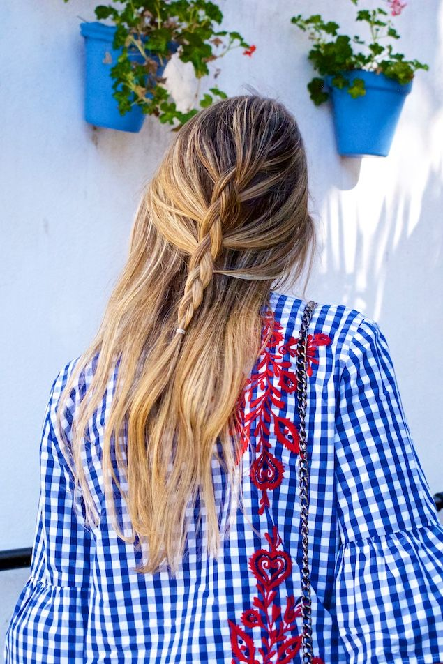 Heartfelt Hunt - Floral Gingham - Floral gingham blouse, destroyed skinny jeans, Ray-Ban sunglasses, bag, studded boots and blonde half-up half-down dutch braid - Spring Fashion