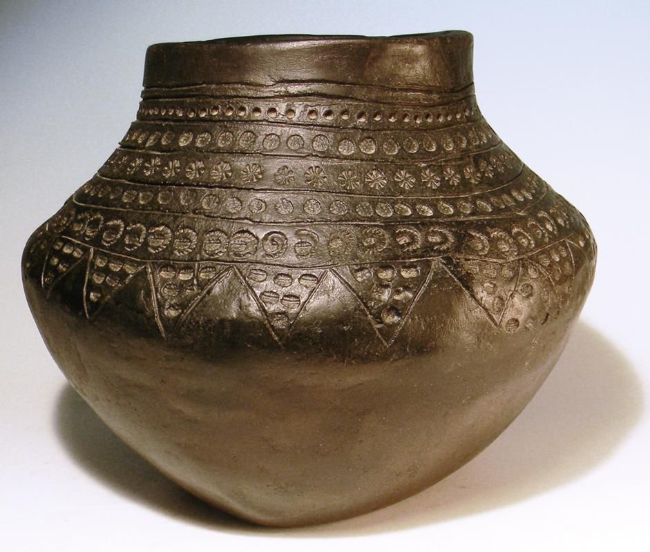 The Early Medieval Anglo Saxon Black Ware Pottery Vessel Is Decorated With An Extensive Pattern Of Stamped Marks And In Ancient Pottery Ancient Art Anglo Saxon