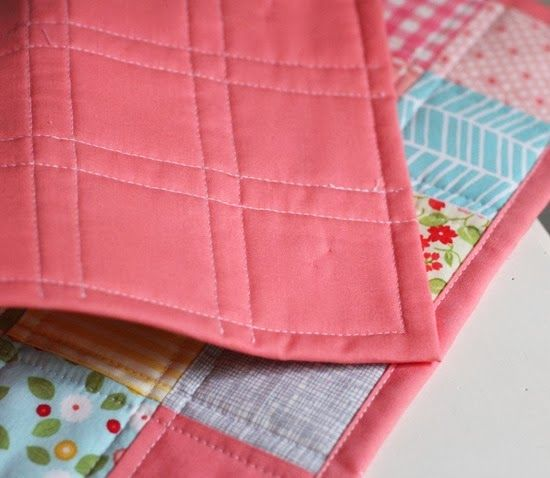 I made a doll quilt before Christmas and realized I'd never posted ... : machine binding a quilt - Adamdwight.com