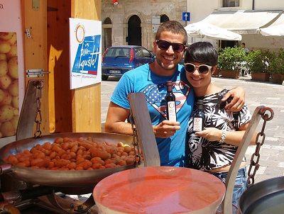 Salento Street Food sbarca in Austria: vincotto pittule e patate novelle allItalienischer Markt
