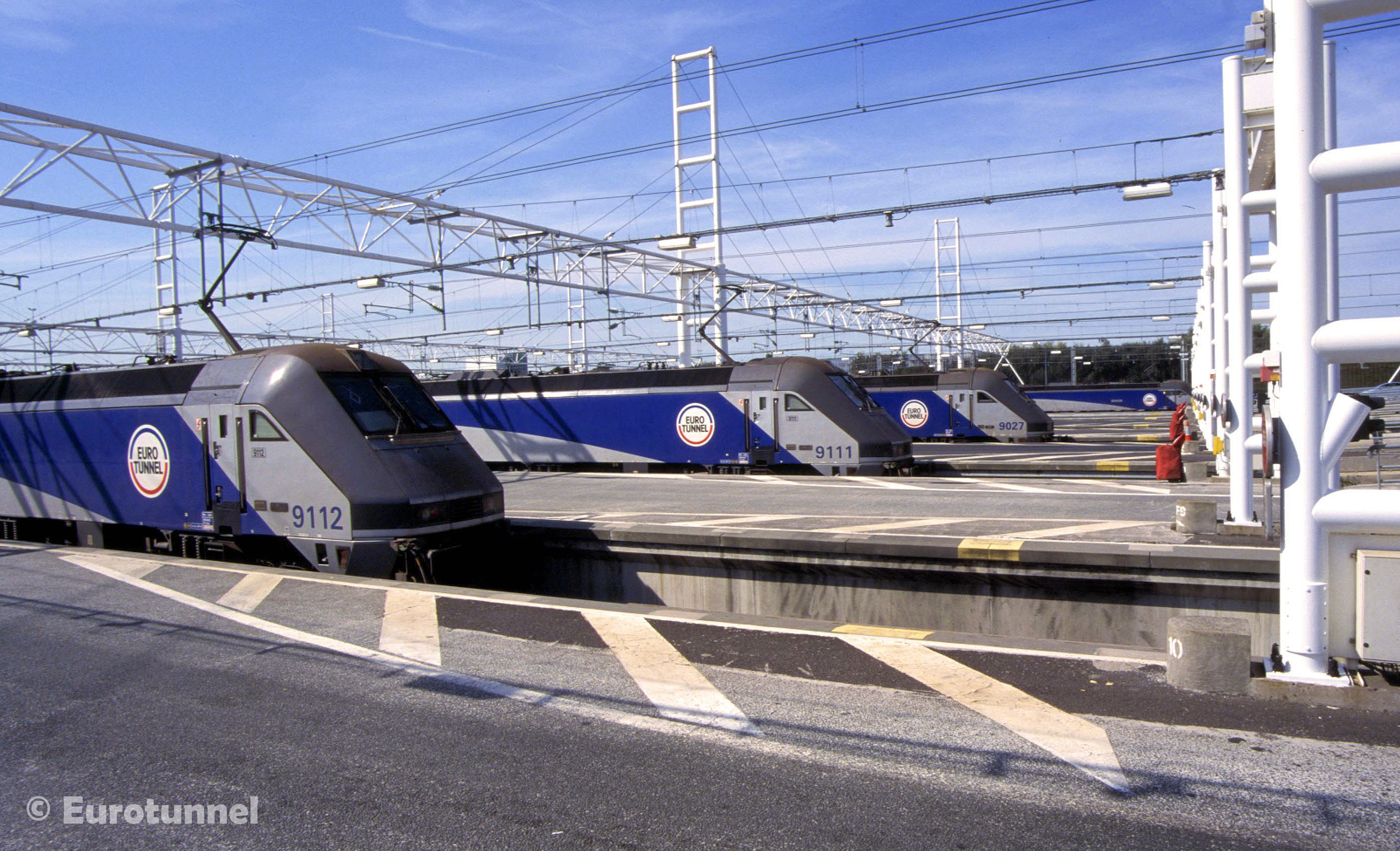Eurotunnel Shuttle Locomotives Class 9 9112 9111 And 9027 Are