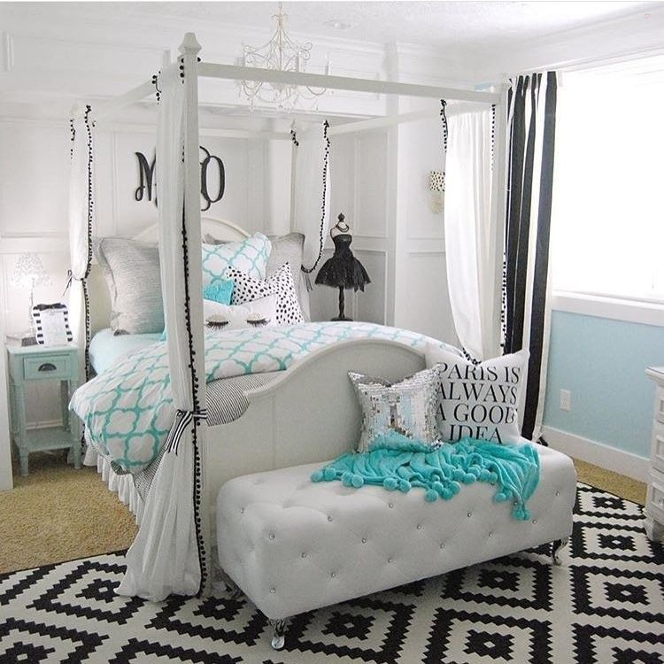 This room by is amazing plus she is so sweet and a great ig friend by brooke startathome find this pin and more on interior design home decorating
