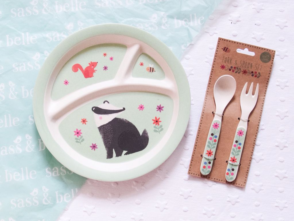 WOODLAND PLATE AND CUTLERY SET FROM SASS & BELLE