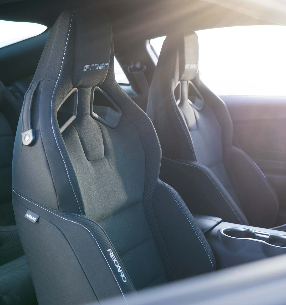 Shelby Gt350 Interior The Shelby Gt350 Interior Is As Sporty Inside As It Is Outside Recaro Cloth Seats Wi Ford Mustang Ford Mustang 2016 2017 Ford Mustang