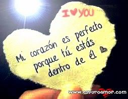 Frase De Amor Sobre Un Pedazo De Papel Con Forma De Corazon Amor