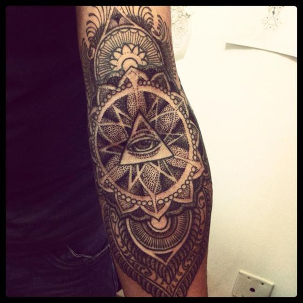 Men Illuminati Tattoos Ink Fantasy Pinterest Tatouage