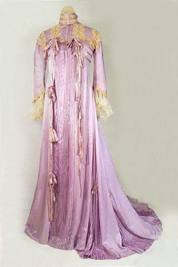 vintage textile gown 1885 | Found on vintagetextile.com