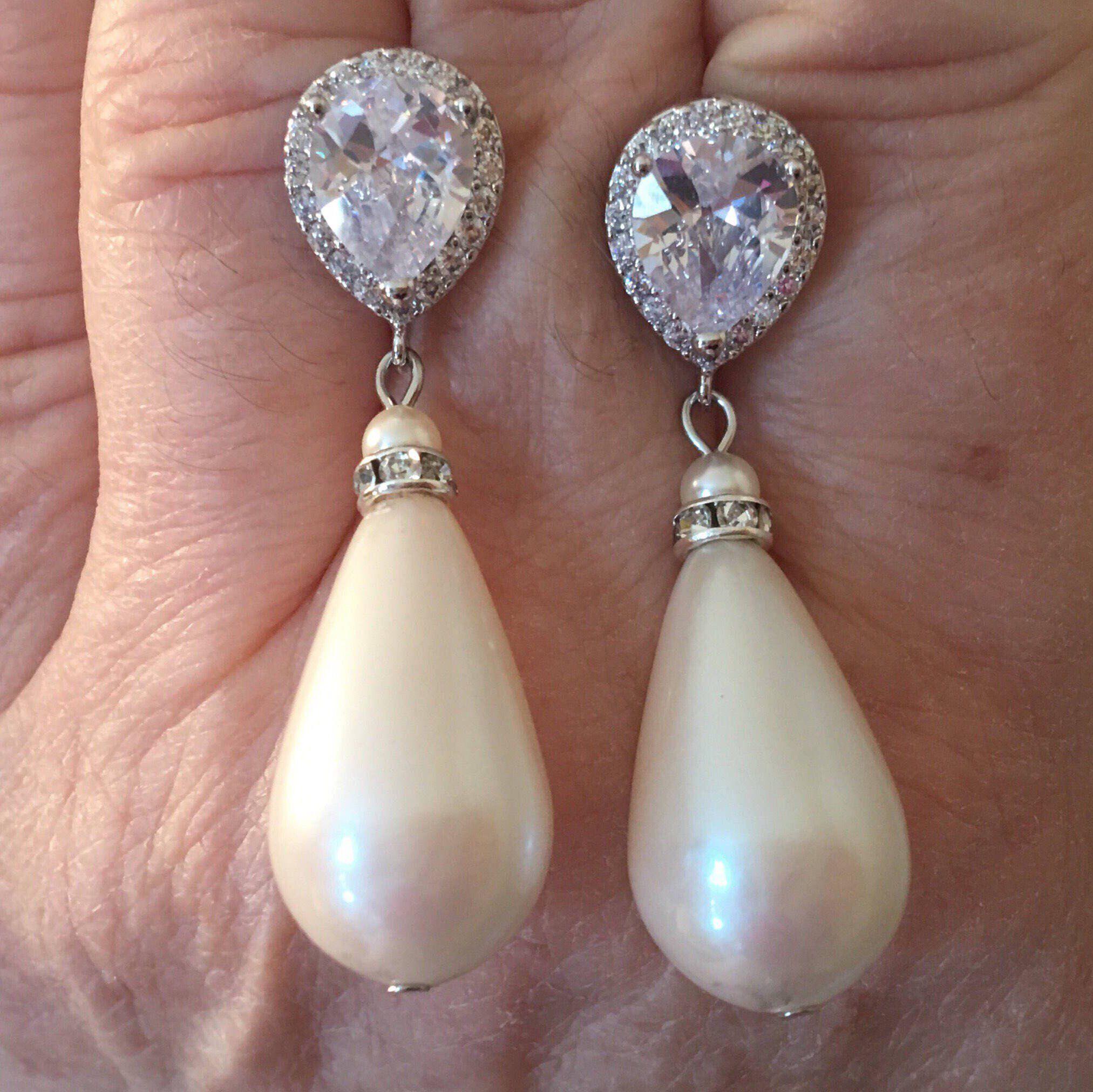 Long Pearl Earrings Pearl Clip on Earrings in light ivory