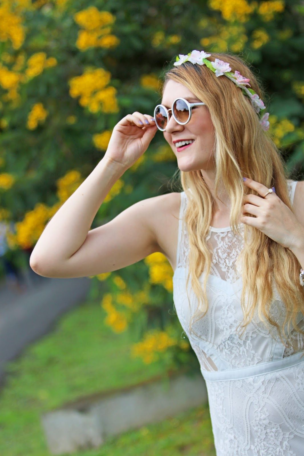 Pretty Flower Crown Outfit My Personal Style Pinterest White