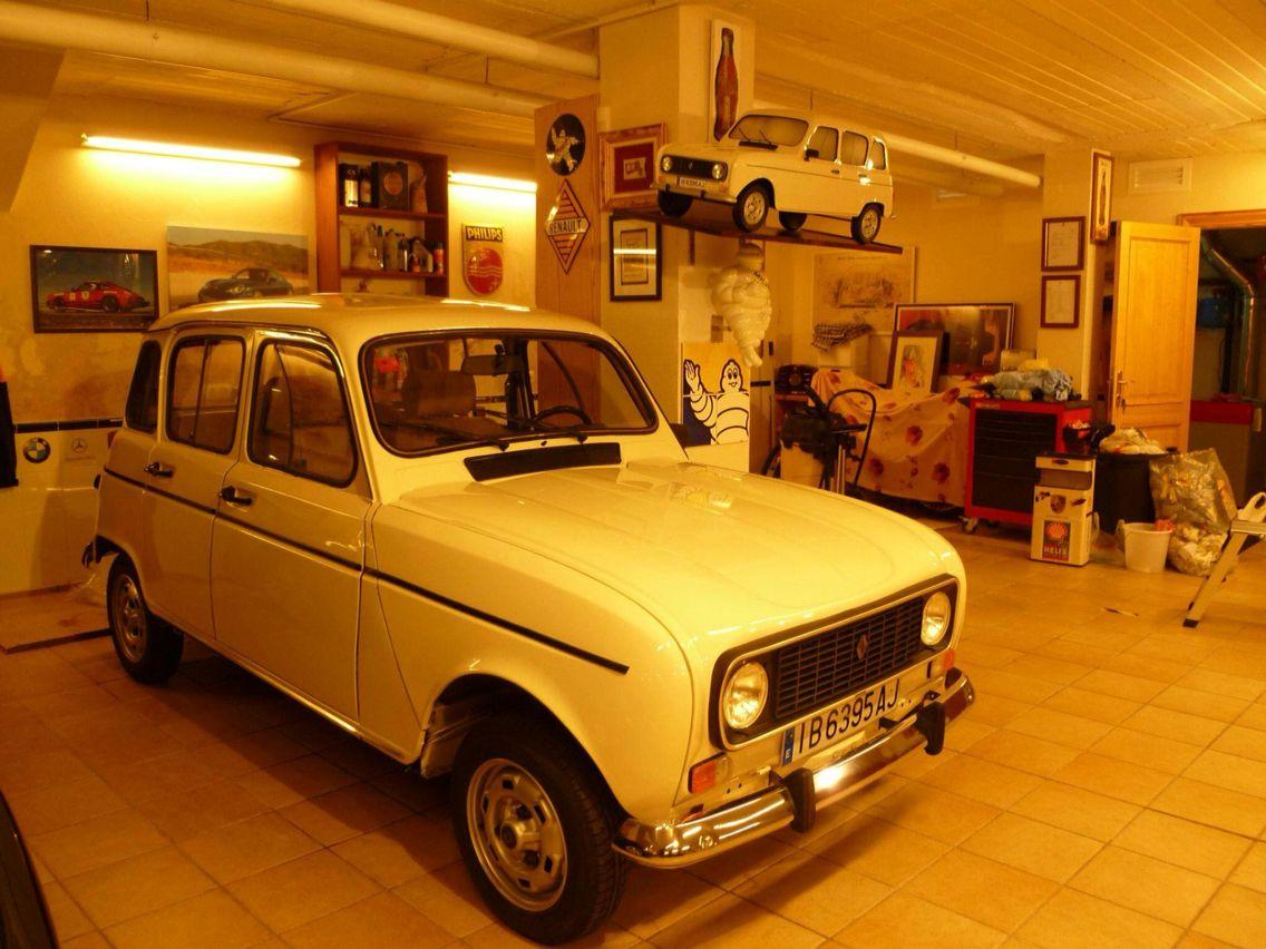 Epingle Par Pla Sur R4 4l Renault Voiture Renault