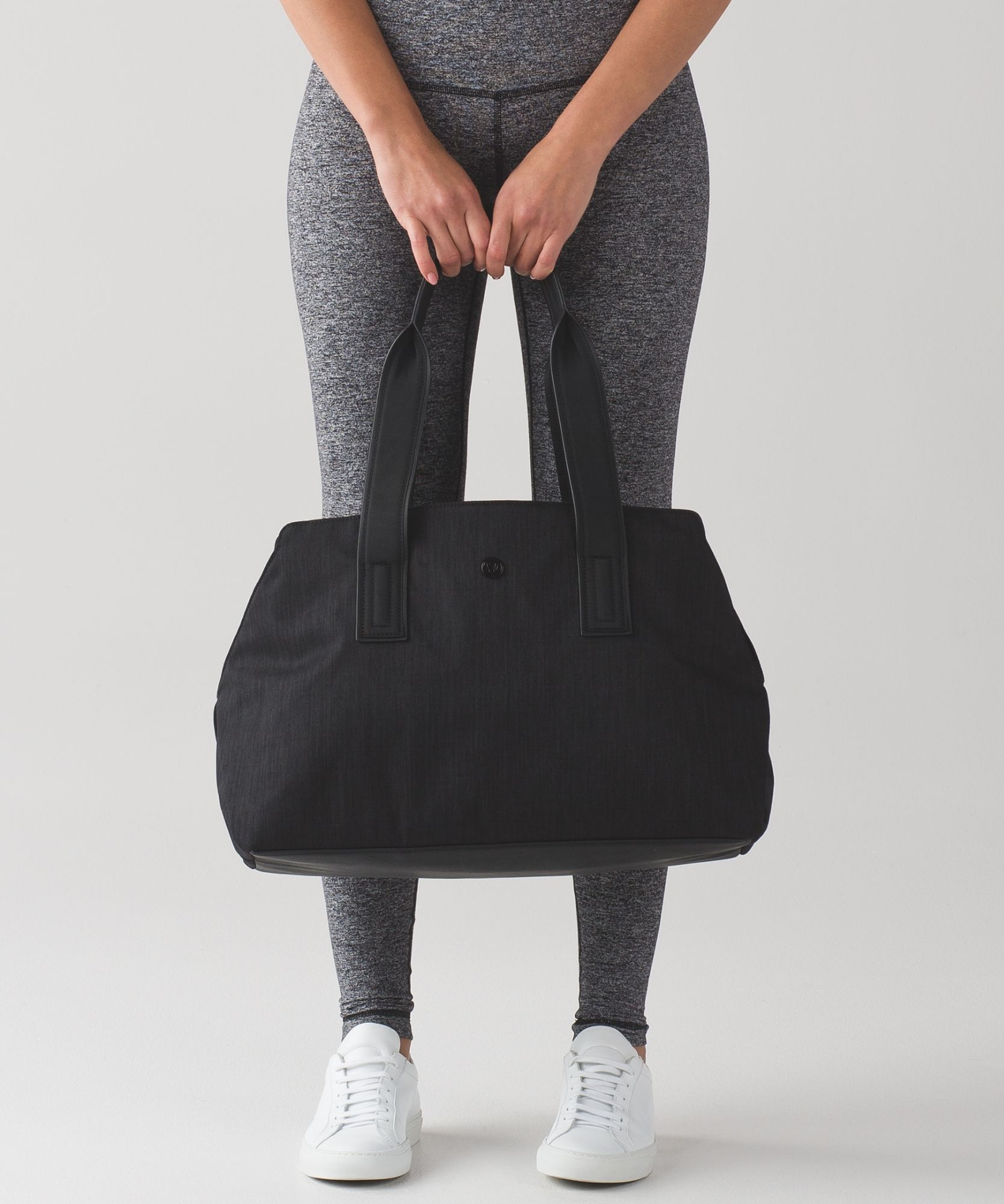871d09a3f1 Go Getter Bag (Heatproof) from  lululemon which doesn t scream
