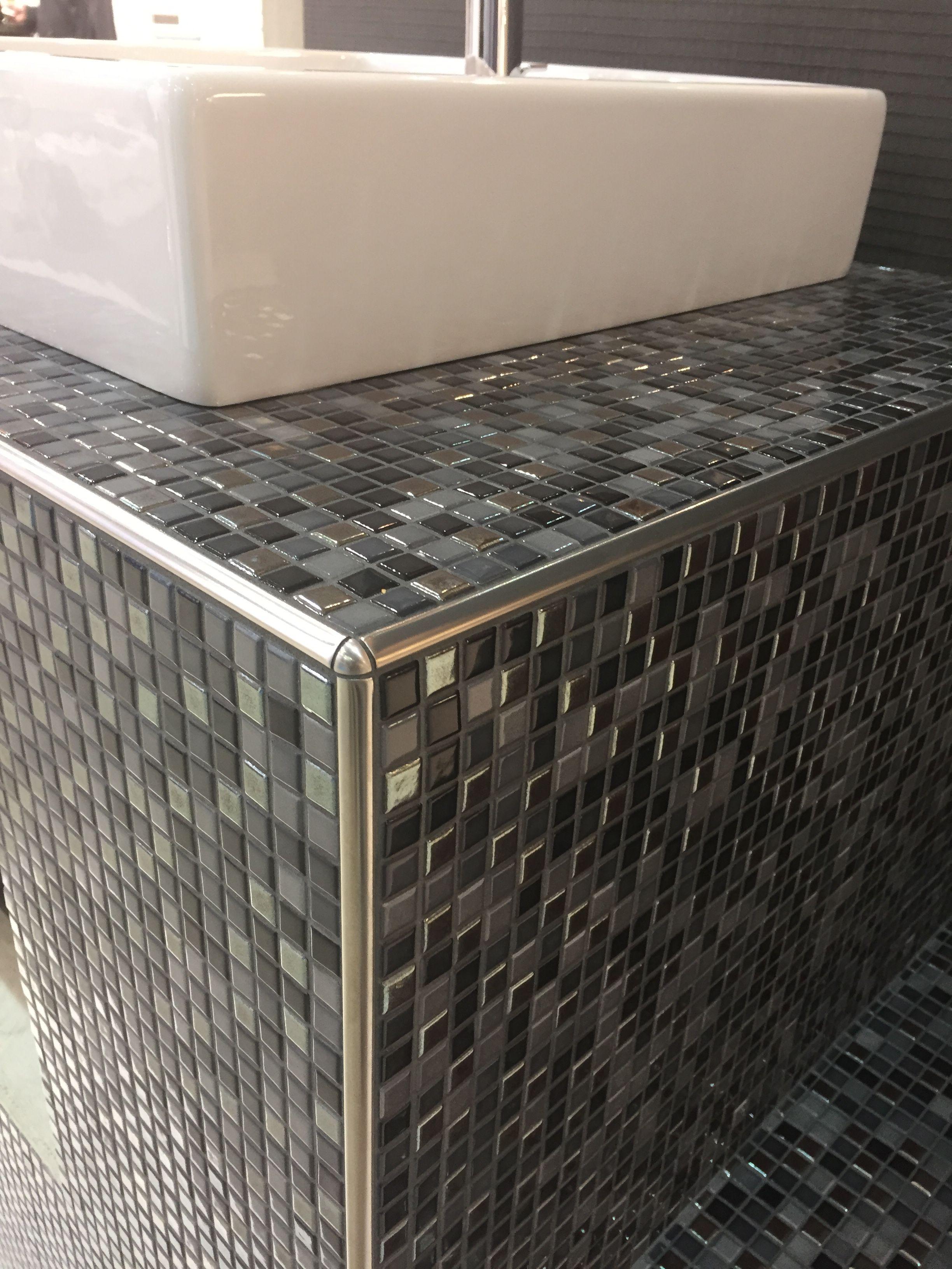 Unterkonstruktion Waschtisch Aus Wedi Bauplatten Mosaik Fliesen Jasba Natural Glamour Wedi Jasba Waschtisch Selber Bauen Waschtisch Badezimmer Mosaik