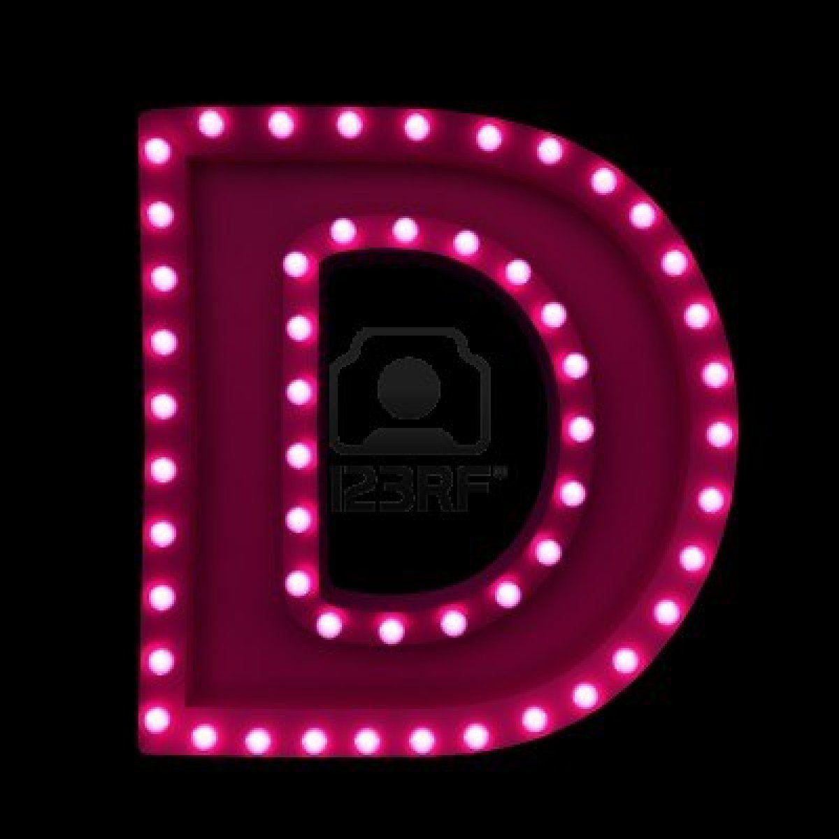 Letras con luces de ne n aisladas sobre fondo negro foto - Luces de neon ...