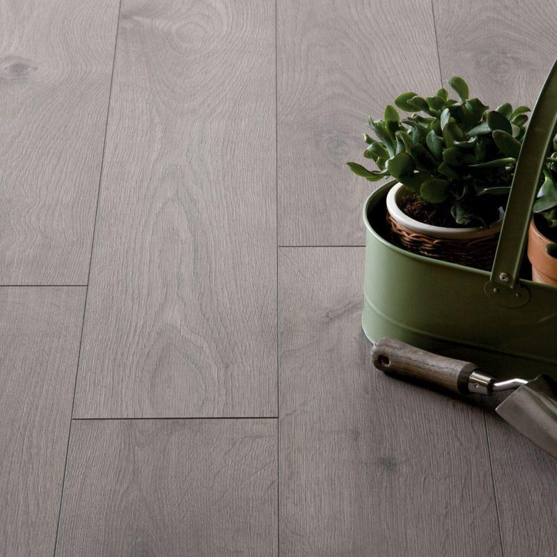 Hygena San Diago Oak Laminate Flooring, Zebrano Laminate Flooring Homebase