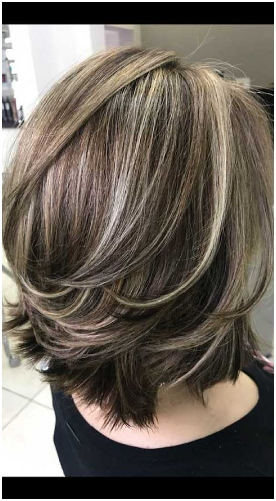 20 Best Short Haircuts For Women Over 50 With Thic