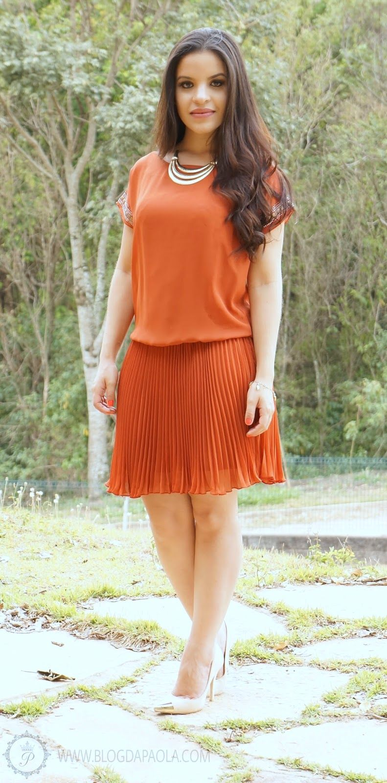 Look do Dia: Vestido Plissado Ferrugem | Blog da Paola