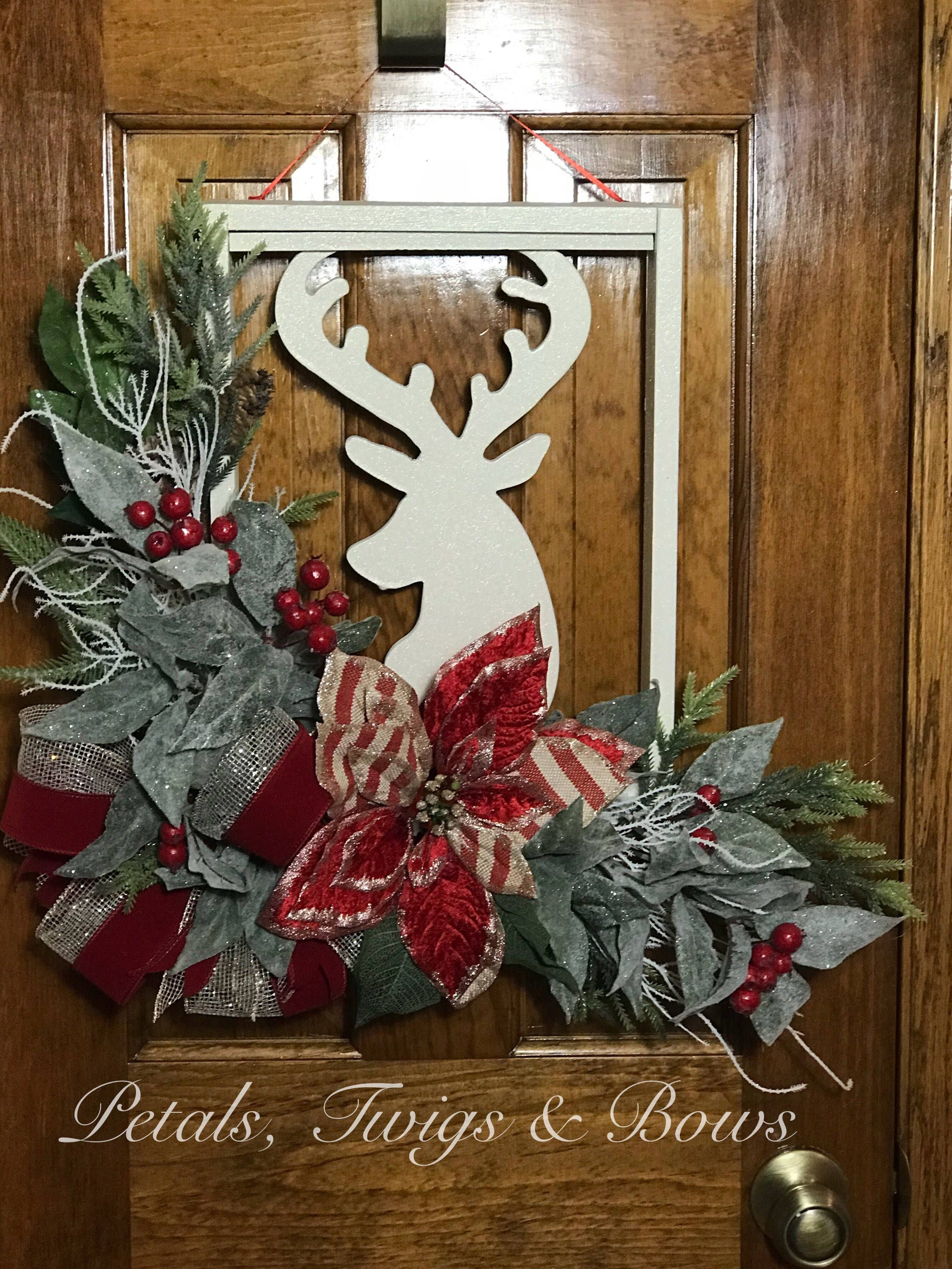 Christmas Decor Decorated Reindeer Frame Wall Hanger Unique Holiday Floral Swag On Picture Frame For Wall Or Front Door Xmas Decoration Christmas Door Hanger Christmas Door Decorations Christmas Picture Frames