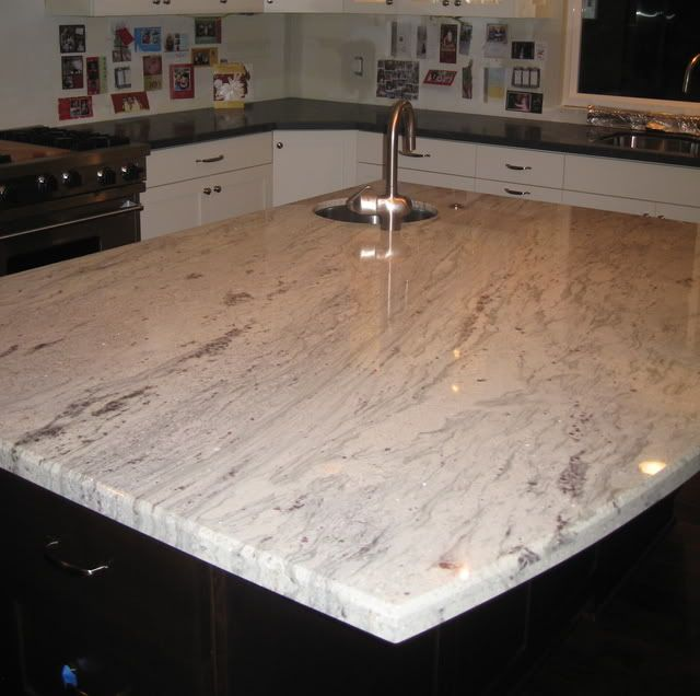 Light Colored Granite For Bathroom: Granite Kitchen Countertop- Bianco Romano (Garden Web) I