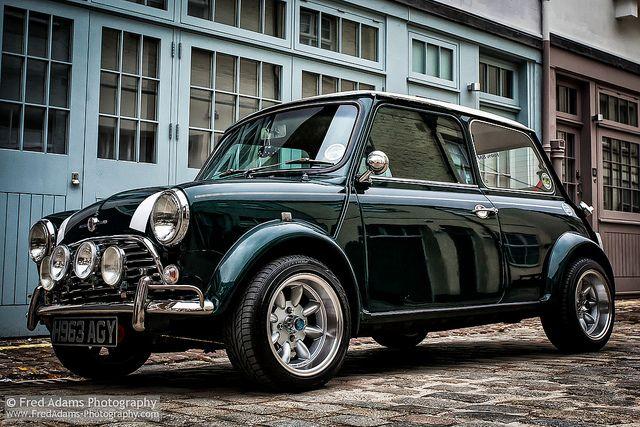 Mini Chic Favorite Cars Small Cars Mini Cooper Classic Bmw