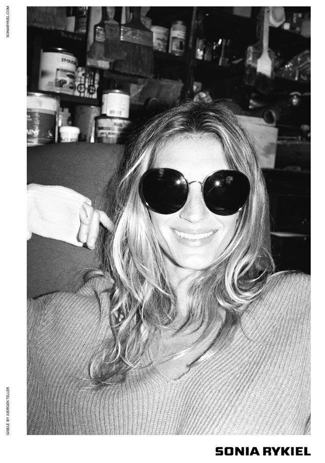 Gisele Bündchen au naturelle for Sonia Rykiel -  fall/winter campaign #model #fashionmom #photography see more at www.pretamama.com