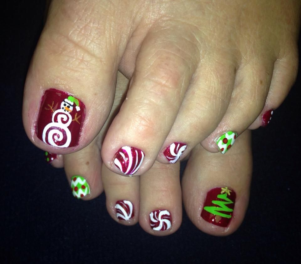 The Love Snowman And Christmas Tree Pedicure Nails Toe Nail Art Toe Nail Designs