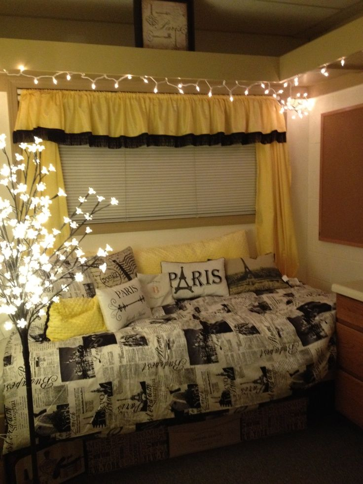 Love the yellow and black idea too. Christmas lights are a