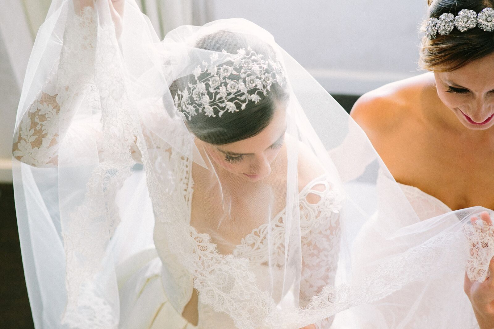 #bridalaccessories ideas and so much more pretty from @DMeventsNY  on Instagram to see so much pretty. Follow them here https://instagram.com/dmeventsny
